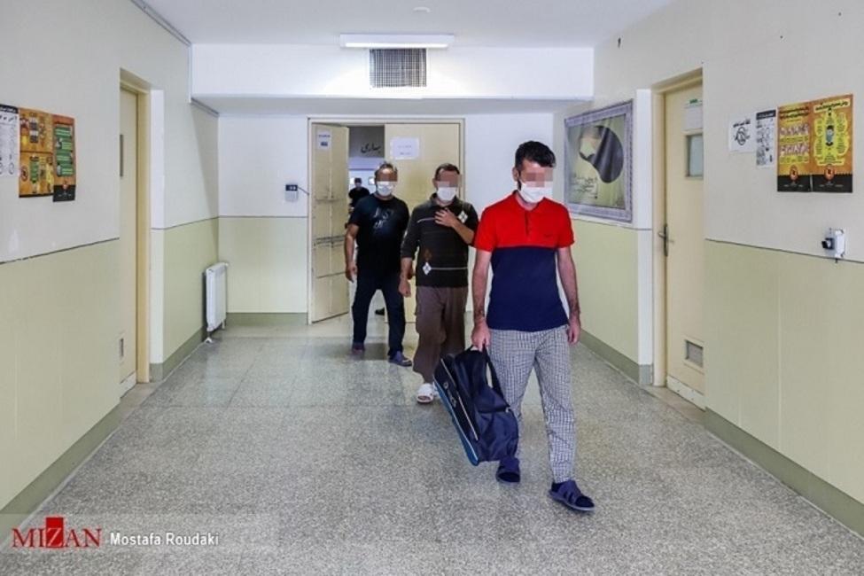 دیدار مدیرکل زندانهای فارس با زندانیان اقلید با هدف رفع مشکلات حقوقی