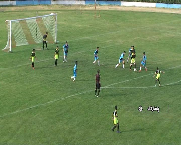 آغاز مسابقات فوتبال نونهالان منطقه ۳ فارس