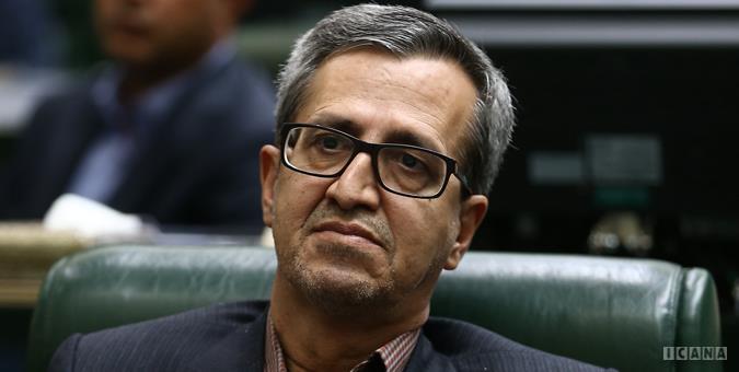 تاخیرهای پروازی در ایران بالاتر از میانگین جهانی / کمیسیون عمران مجلس پیگیر تاخیرهای پروازی است