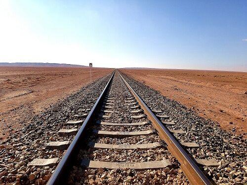 کاهش زمان سیر قطار بین استان فارس و مشهد با تکمیل خطآهن یزد-اقلید