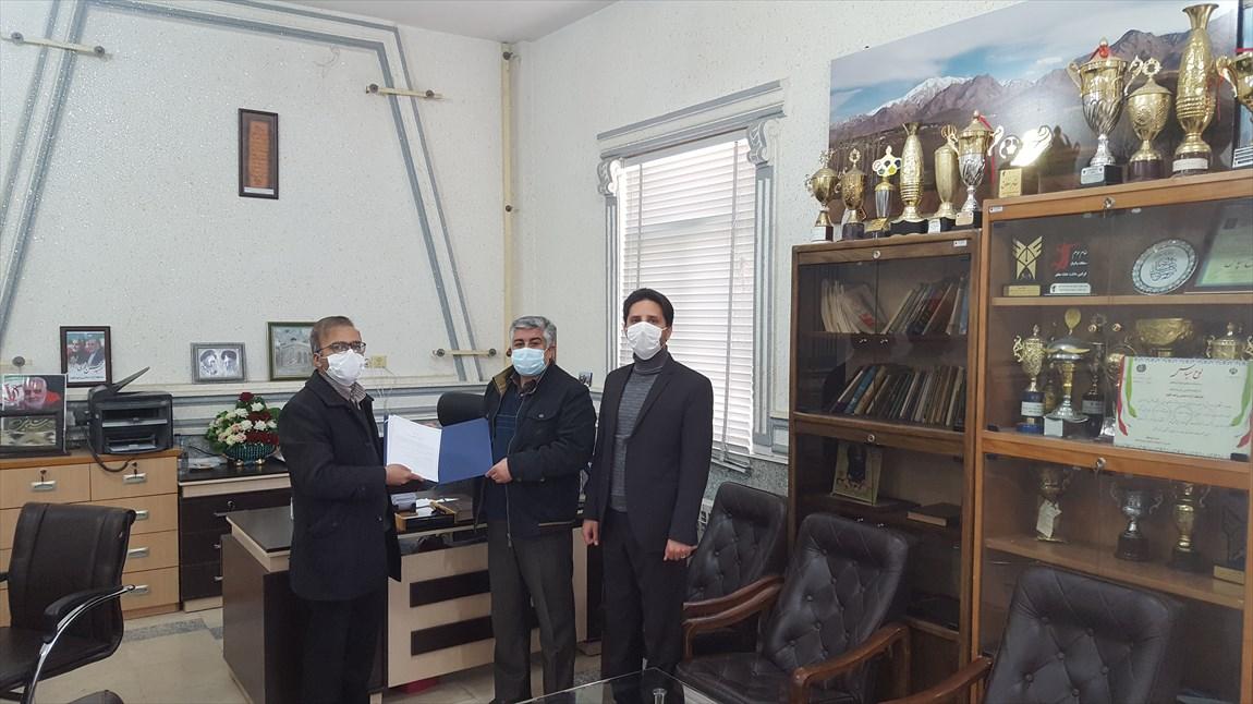 دانشگاه آزاد اسلامی با مرکز آموزش عالی اقلید تفاهمنامه همکاری منعقد کرد