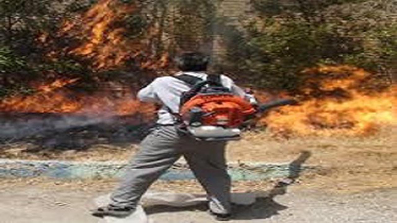 اهدای دو دستگاه دمنده اطفاء حریق در اقلید