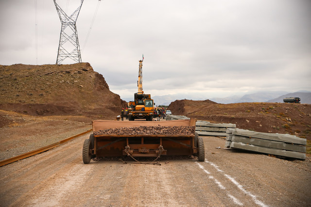 بهره برداري از هزار ميليارد ريال پروژه راه و مسکن در فارس