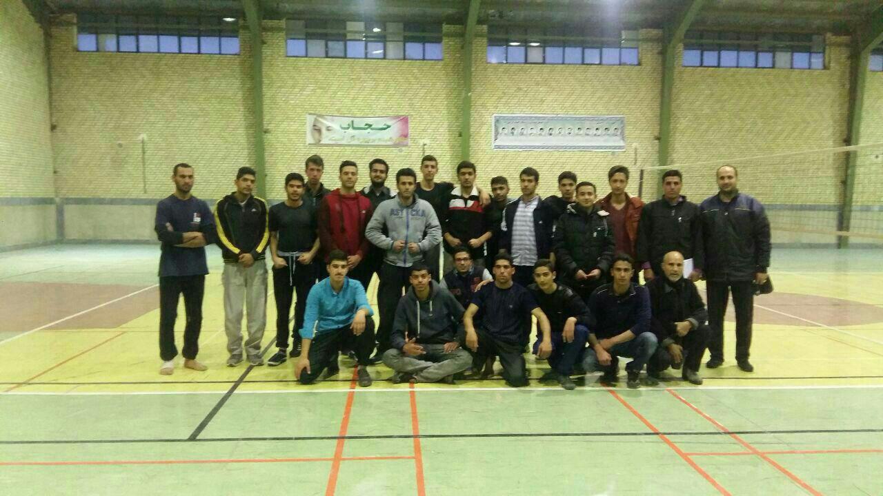 نفرات برتر مسابقات آمادگی جسمانی آقایان در اقلید معرفی شدند