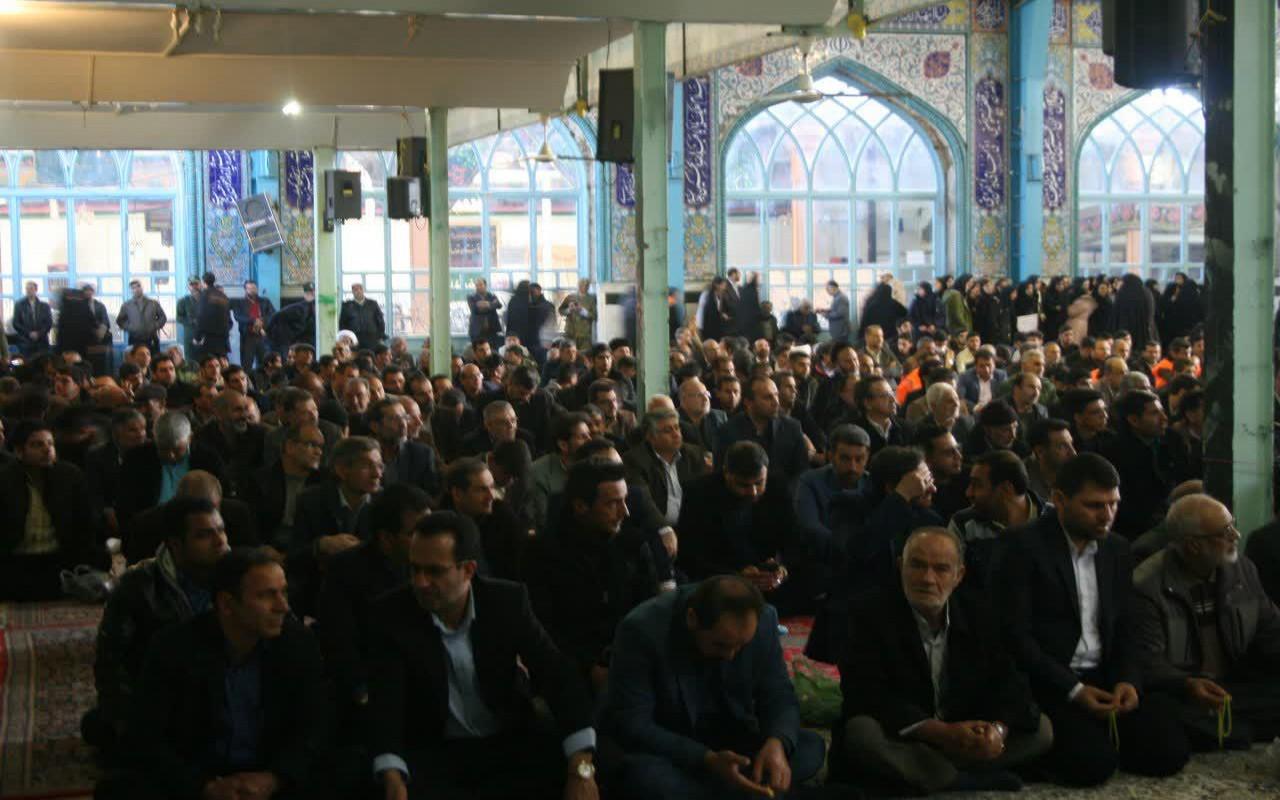 حضور پرشور دانشگاه آزاد اسلامی واحد اقلید در برنامههای گرامیداشت یوم الله ۹ دی