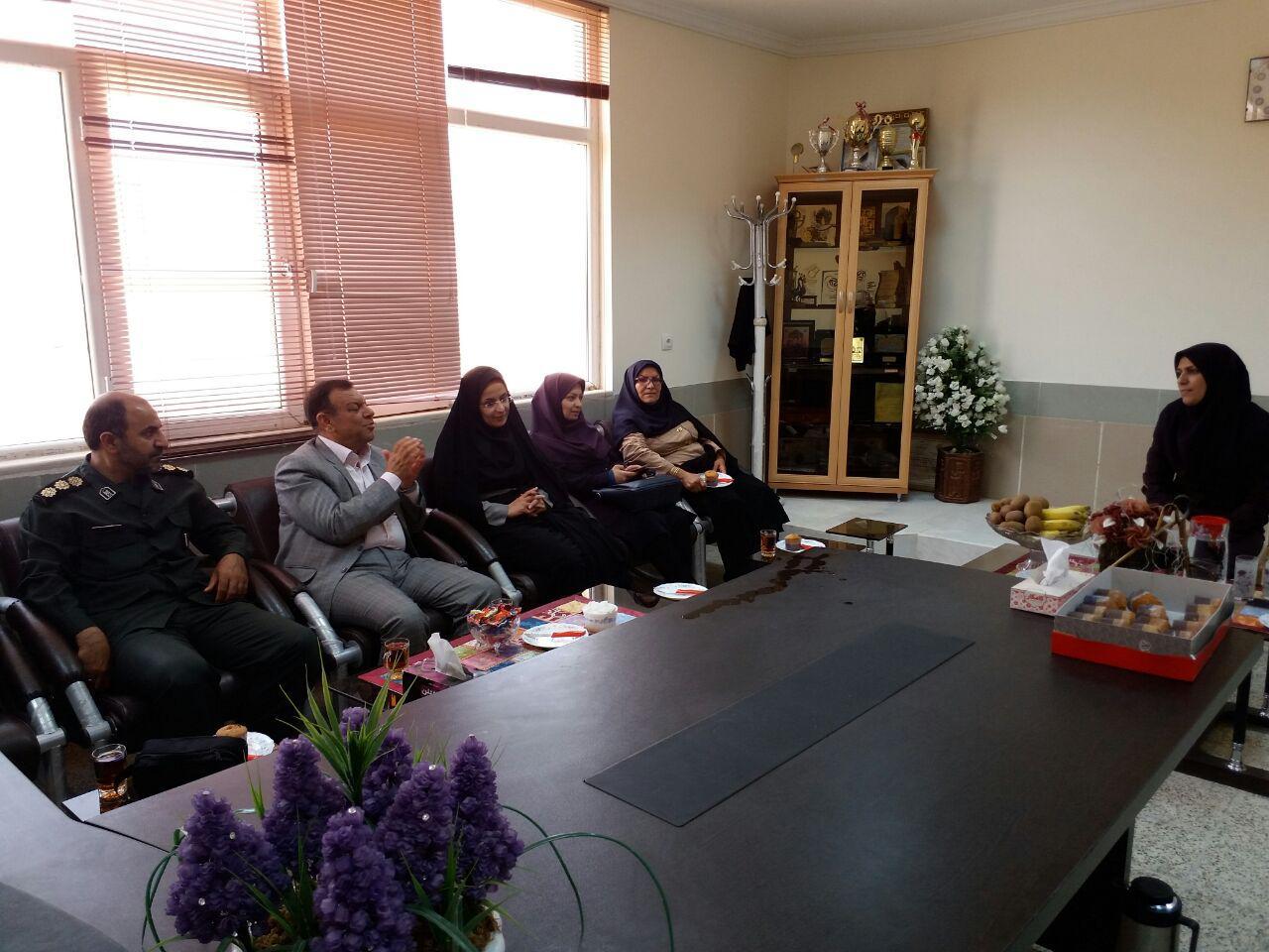 حضور مسؤولان شهرستانی در آموزشکده فنی دخترانه اقلید