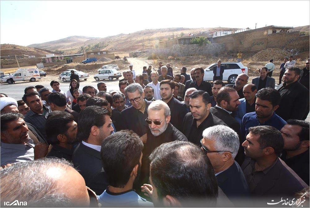 استقبال مردم دژکرد و سده از دکتر لاریجانی