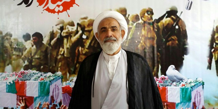 ملت ایران از خودفروختگان هراسی ندارد